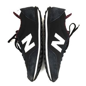 New Balance 410 Like New Black White Sneaker 9